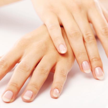 5 façons de rajeunir vos mains