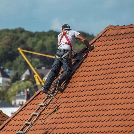 Trouver la meilleure entreprise de toiture à Saint Quentin-Fallavier et le Rhône.